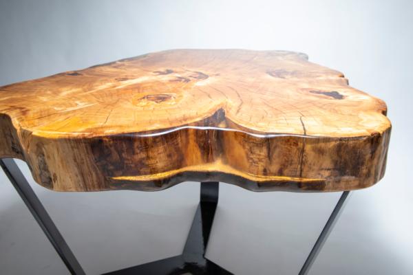 epoxy-gyanta-asztal-ajándék-drótfa-led-lámpa-réz-acél-alumínium-horgany-118.6