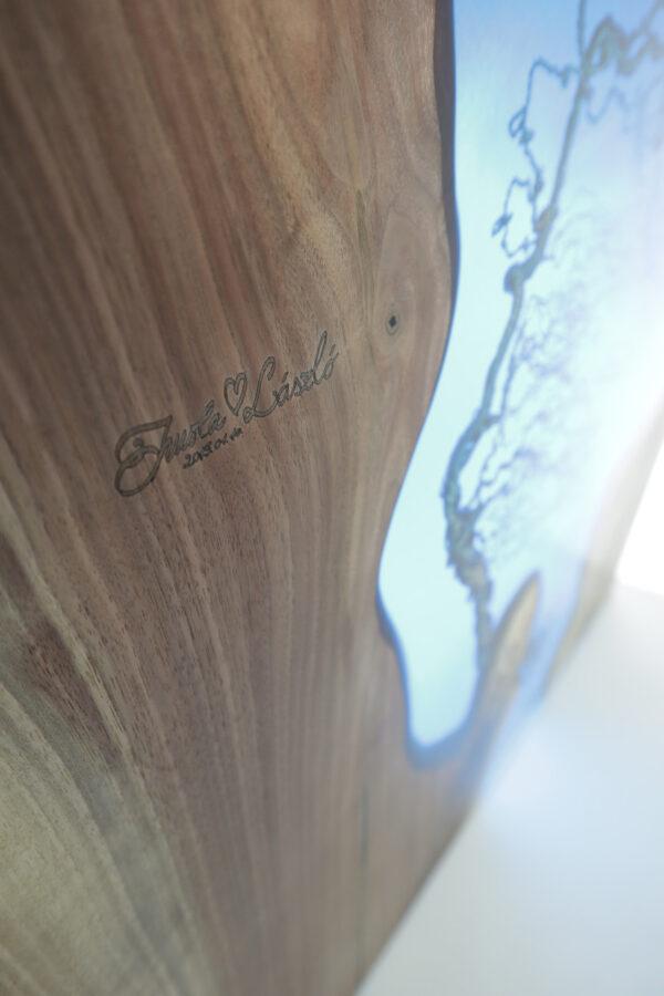 műgyanta asztal ajándék drótfa réz acél alumínium horgany 109.1