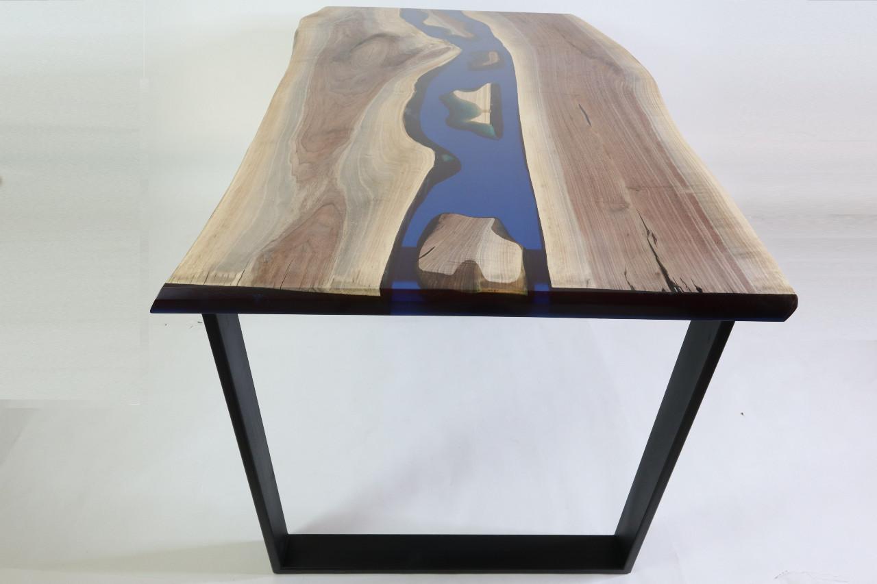 műgyanta asztal ajándék drótfa réz acél alumínium horgany 109.14