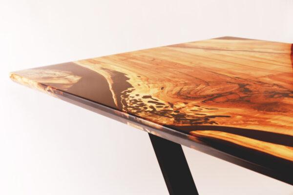 műgyanta led asztal ajándék drótfa réz acél alumínium horgany 116.6